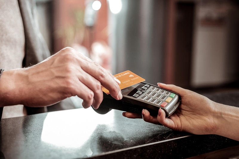 Creating-a-Contactless-Guest-Experience